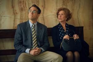 (L-R) RYAN REYNOLDS and HELEN MIRREN star in WOMAN IN GOLD
